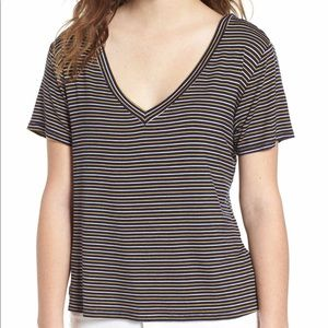 🌟Socialite striped Navy and Gold Tee NWT